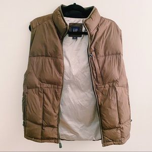 GAP Brown Winter Vest SMALL
